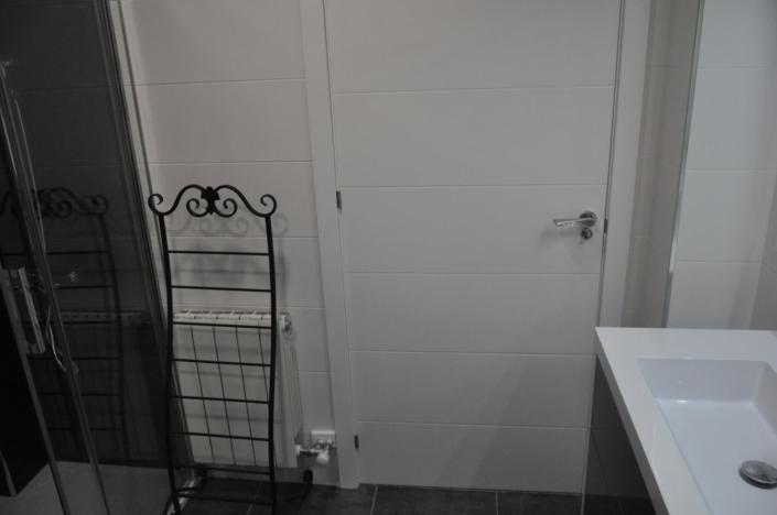 puerta cuarto de baño